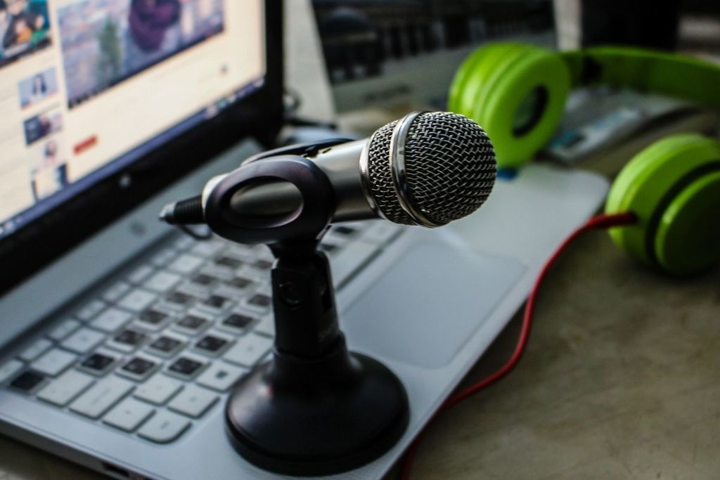 How to lower mic sensitivity for Maximum Results_Comfy Gaming Hub